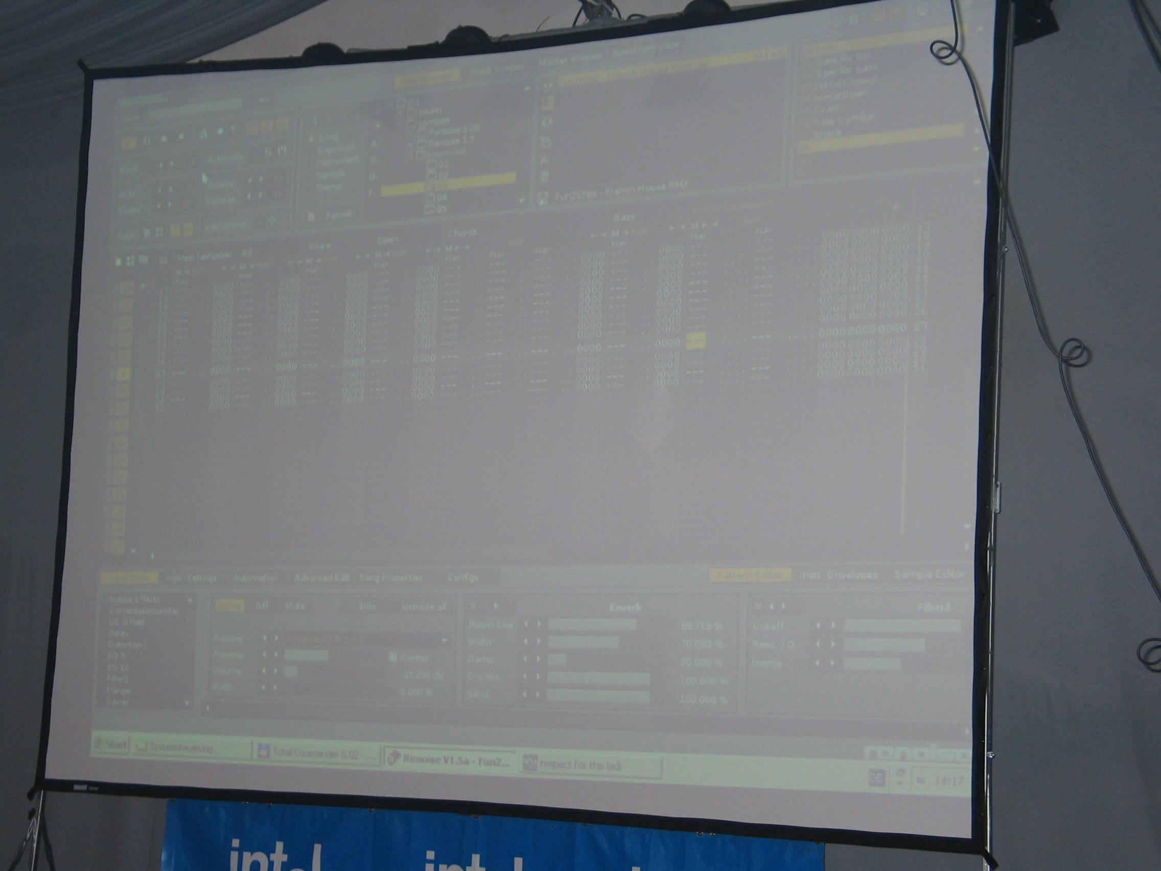 Tracker runnig (small music compo)